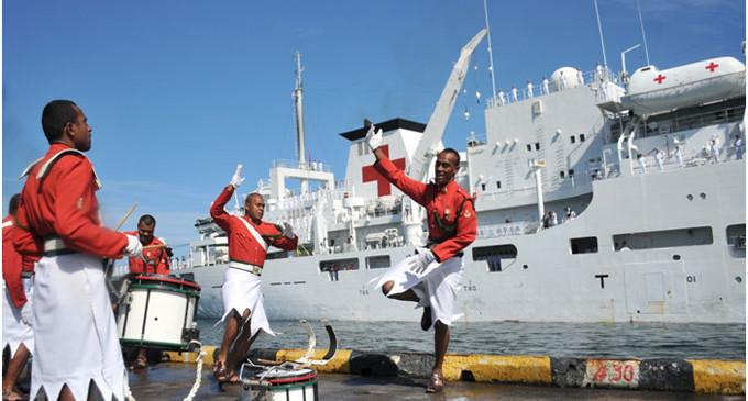 Chinese-Navy-Hospital-Ship-in-Suva-3-680x365